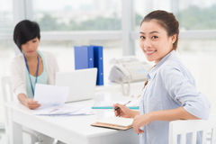 Smiley businesswoman Royalty Free Stock Image