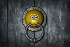 Smiley doorknocker Royalty Free Stock Photos