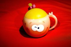 Smiley Mug As Gift bonito foto de stock royalty free