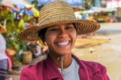 Smiley Myanmar Woman Royaltyfri Bild