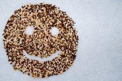 Smiley Organic-Getreidehülsenfrüchte Stockfotos