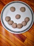 Smiley van vleesballetje Het voedsel maakt ons gelukkig De ruimte van het exemplaar royalty-vrije stock afbeeldingen