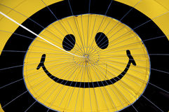 Smileygesicht. Heißluft Ballon. Stockbilder