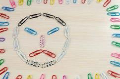Smileys av häftklamrar olika sinnesrörelser Royaltyfri Foto