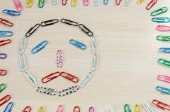 Smileys av häftklamrar olika sinnesrörelser Arkivbilder