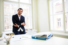 Smiling architect with arms crossed Royalty Free Stock Image