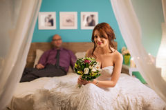 Smiling Bride and Groom Royalty Free Stock Photography