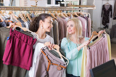Smiling charming woman shopping jersey Royalty Free Stock Photos