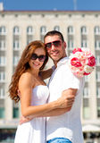 Smiling couple in city Royalty Free Stock Images