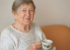 Free Smiling Elderly Woman Royalty Free Stock Image - 26789566
