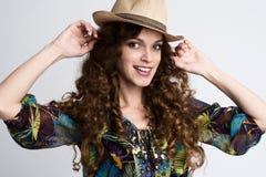Smiling fashionable girl Royalty Free Stock Photography