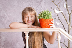 Smiling long-haired girl Royalty Free Stock Photography
