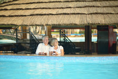 Smiling old couple Royalty Free Stock Photos