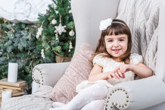 Smiling small beautiful girl looking to the camera, Royalty Free Stock Photos