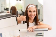 Smiling sportswoman Royalty Free Stock Photos