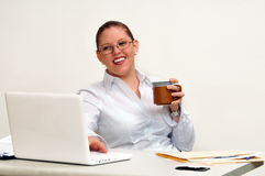 Smiling Young Business Woman with Coffee Cup Royalty Free Stock Photos