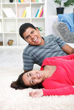 Smiling young couple Royalty Free Stock Photos