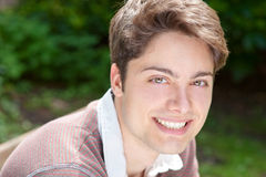 Smiling young man Royalty Free Stock Photos