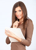 Smiling young woman with blank card Stock Photos
