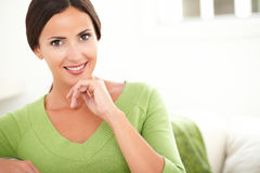 Smiling young woman looking at camera Royalty Free Stock Photography
