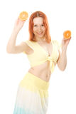 Smilling kvinna med frukt Arkivbilder