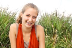 Smilng tonåring Royaltyfri Bild