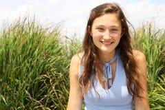 Smilng tonåring Royaltyfri Foto