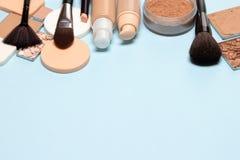 Sminkskönhetsmedelbakgrund med fritt utrymme för text Royaltyfri Fotografi