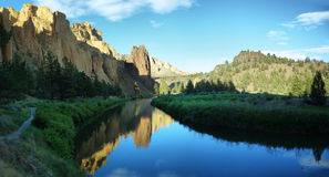 Smith Rock Park arkivfoto