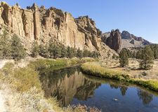 Smith Rock State Park royaltyfri fotografi