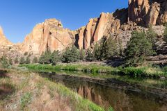 Smith Rock State Park in Orego royalty free stock photography