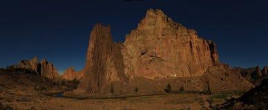 Smith Rock State Park-Panorama Lizenzfreie Stockfotos