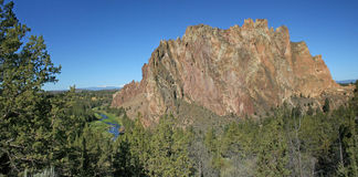 Smith Rock State Park - Terrebonne, Oregon Arkivfoto