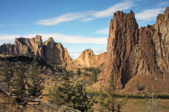 Smith Rock State Park - Terrebonne, Oregon Royaltyfria Bilder
