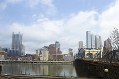 Smithfield Street Bridge and Pittsburgh skyline Royalty Free Stock Photography