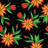Sömlös modell för orange blomma på den svarta bakgrunden Arkivbild