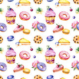 Sömlös modell med pionblomman, sidor, den suckulenta växten, smaklig muffin-, penséblomma-, makron-, donuts-, kaka-, citron- och  Royaltyfri Foto