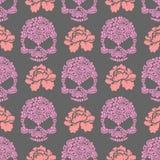 Sömlöst pttern för blommaskalle Skalle av rosa färgblommor och rosor Arkivfoto