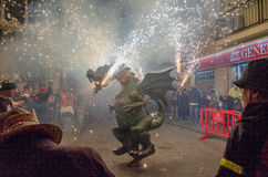 Smok z fajerwerkami w Canet De Mącący Zdjęcie Royalty Free