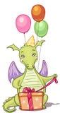 Smok z urodzinowymi prezentami i balonami Obrazy Stock