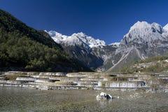 smoka chabeta góry śniegu siklawa obraz stock
