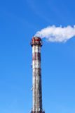 Smoke emission from factory pipe Royalty Free Stock Photography