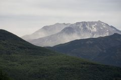 Smoke seeming to rise from Mt St Helens. Smoke or fog around Mt St Helens Royalty Free Stock Photo