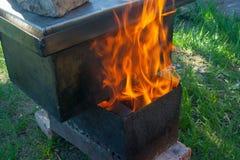 Smokehouce на огне стоковая фотография