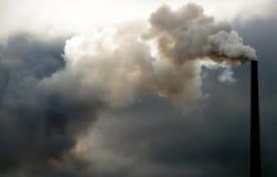 Smokestack poluir fotografia de stock royalty free