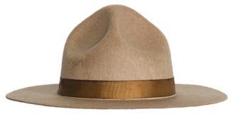 Smokey le chapeau d'ours ou de Forest Ranger d'isolement photographie stock
