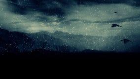 Smoki Latają Pod Śnieżną burzą Nad góry zdjęcie wideo