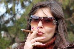 Smoking cigar Royalty Free Stock Photography