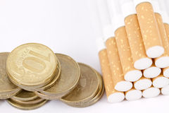 Smoking is a waste of money Royalty Free Stock Photos