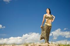 smokingowa indyjska kobieta Obrazy Royalty Free